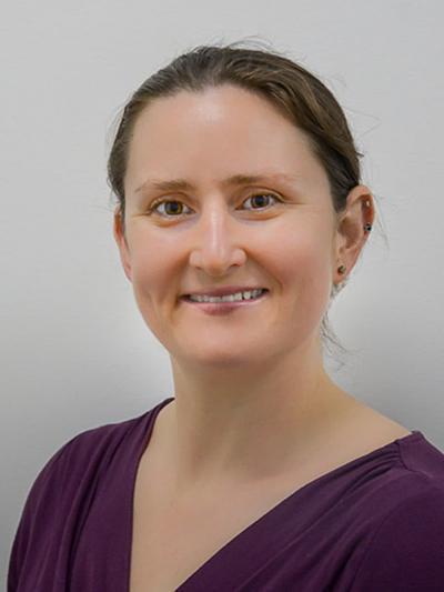 Dr Janine Arnold